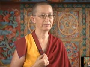 Буддийская монахиня