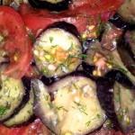 Вегетарианские блюда — Салат с жареными баклажанами